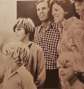 Víctor Samuelson y familia