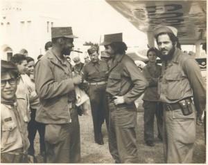 Castellanos ( derecha) Y Guevara