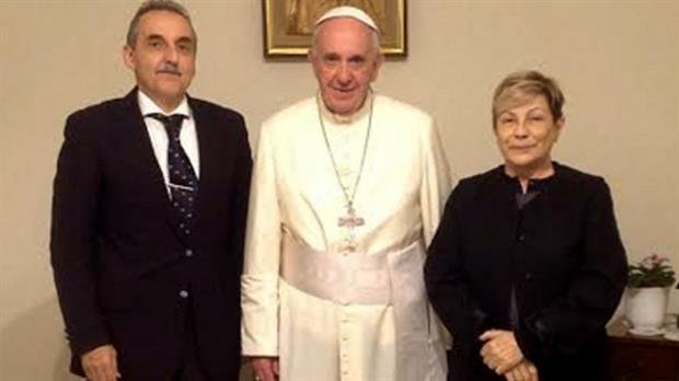El Papa con Guillermo Moreno y Marta Amelia Cascales