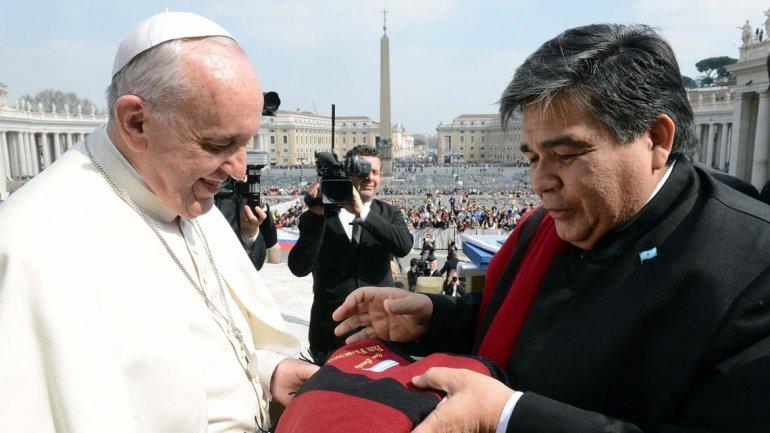 El Papa con Mario Ishii