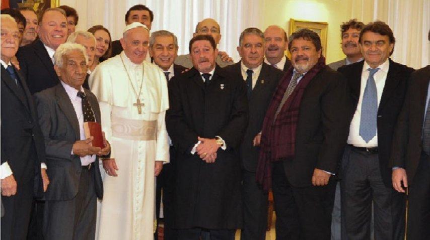 El Papa y Omar Viviani